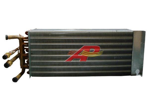 590-4451 - Evaporator, Case New-Holland