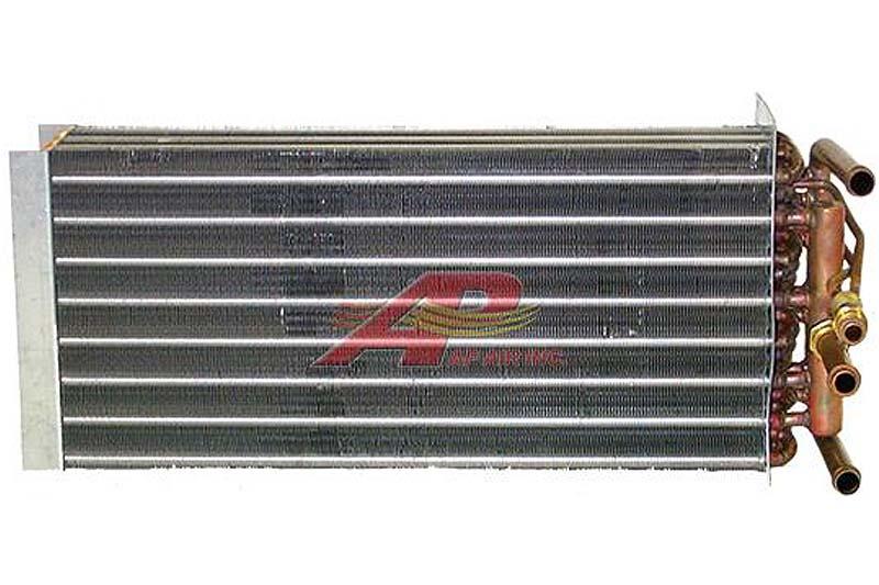 590-2212 - Evaporator, Case / New-Holland