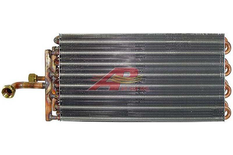 590-2213 - Evaporator, Case / New-Holland
