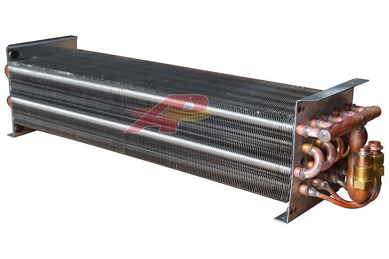 590-2251 - Evaporator, Case New-Holland