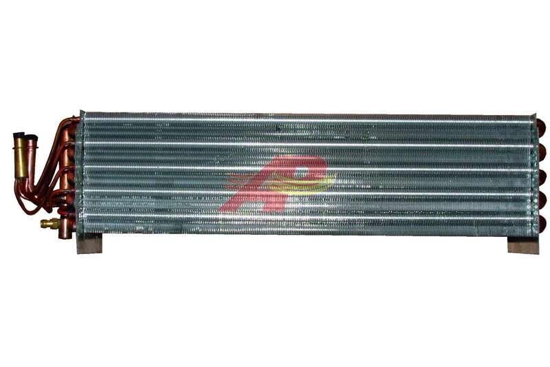 590-2223 - Evaporator, Case / New-Holland - Evaporator Only
